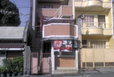 FEMALE ROOM FOR RENT- NEAR THE FORT, AYALA, ORTIGAS CENTER