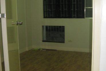 ROOM FOR RENT / HOUSE SHARING ESMERALDA ST. MAKATI