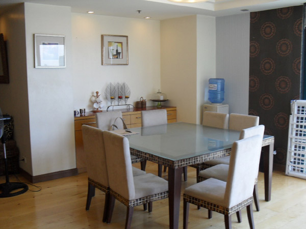 PENHURST PARK PLACE CONDO FORT. 3BEDROOM FULLY FURNISH FOR RENT IN GLOBAL CITY