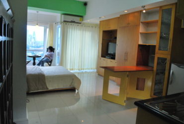THE FORT CONDO, FORT PALM SPRING TAGUIG