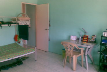 MALE BEDSPACER/ SHARE-A-ROOM/APARTMENT PLAINVIEW MANDALUYONG