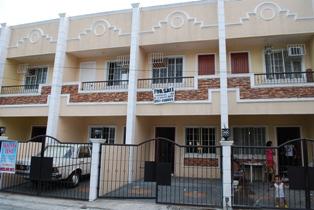 2-STOREY TOWNHOUSE, VERDANT SUBD LAS PINAS