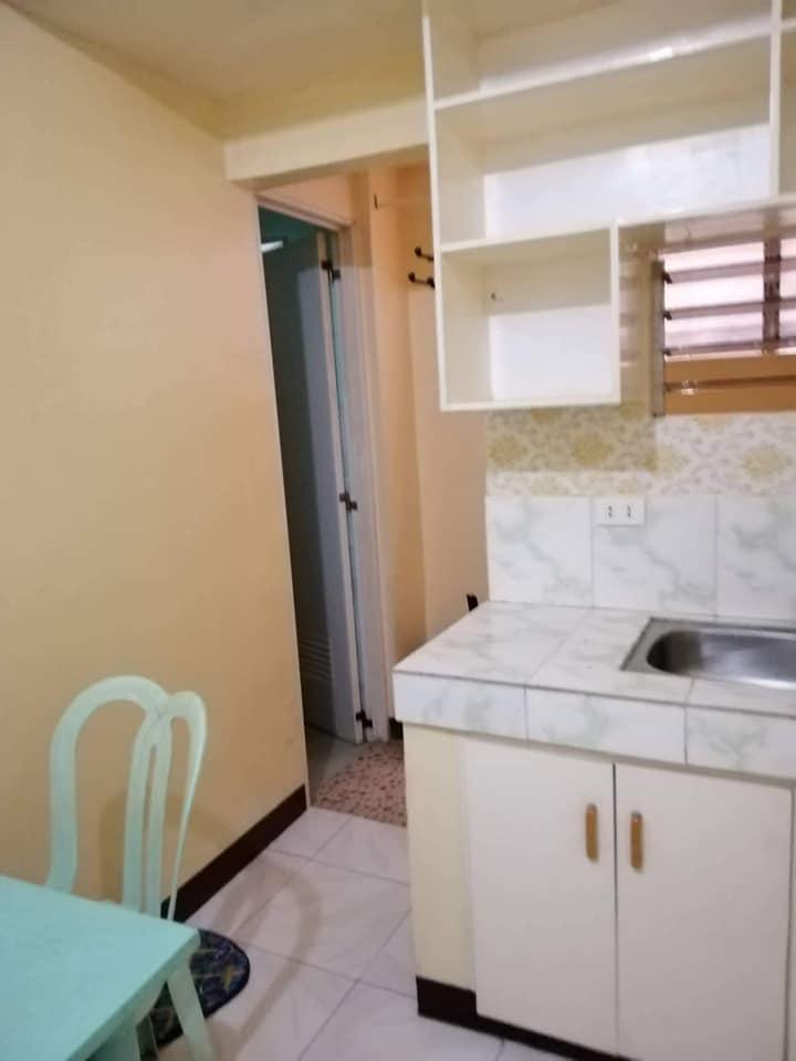 Room for Rent in Nichols/Villamor Pasay