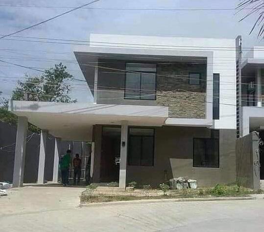 SHARON HOUSE IN VILLA SEBASTIANA SUBDIVISION IN MANDAUE