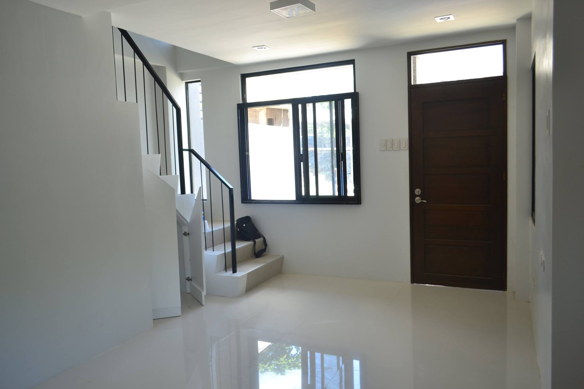 GWEN HOUSE IN VILLA SEBASTIANA SUBDIVISION IN MANDAUE