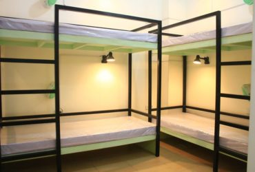 6 Bed Capacity Room