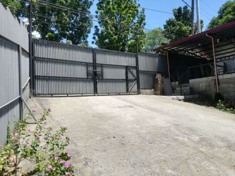 COMMERCIAL LOT FOR LEASE