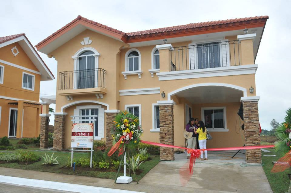 Beautiful House, Elegant but affordable and easy to own, Near Tagaytay City