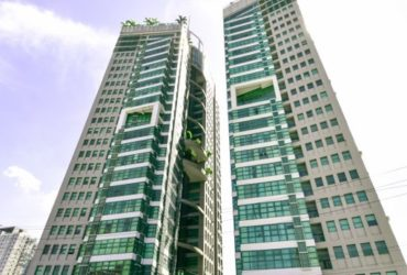 as low as 200k DOWN TO MOVE in Symphony tower  near GMA7
