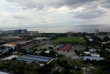 Breeze Residences STUDIO with Balcony w/ Manila Bay Sunset view