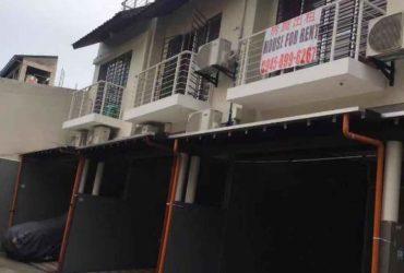 Office Staff House Building nr Aseana LRT MOA MRT Taft Edsa Pasay