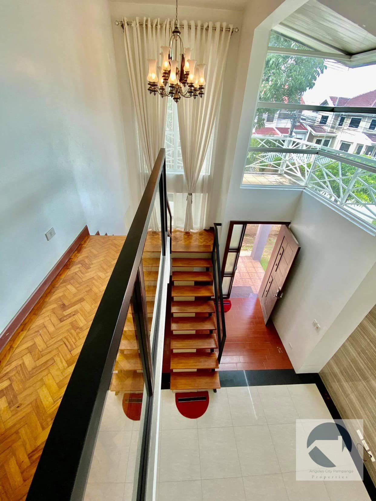 Furnished House and Lot With 4 Bedrooms For Rent Near Korean Town Friendship